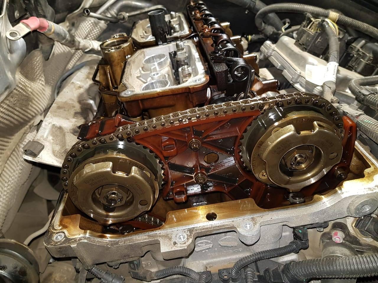 Замена цепи ГРМ, масляного насоса и МСК на BMW F10 528iX