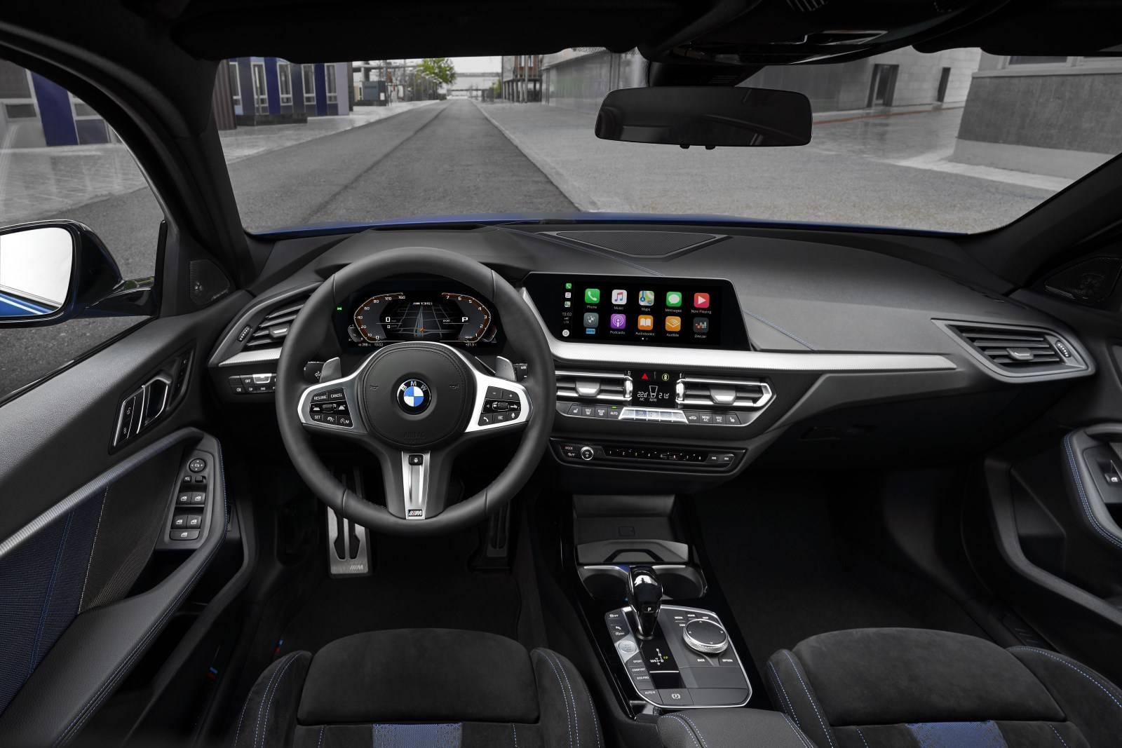 Новый BMW 1 серии F40 - больше, мощнее, динамичнее 3