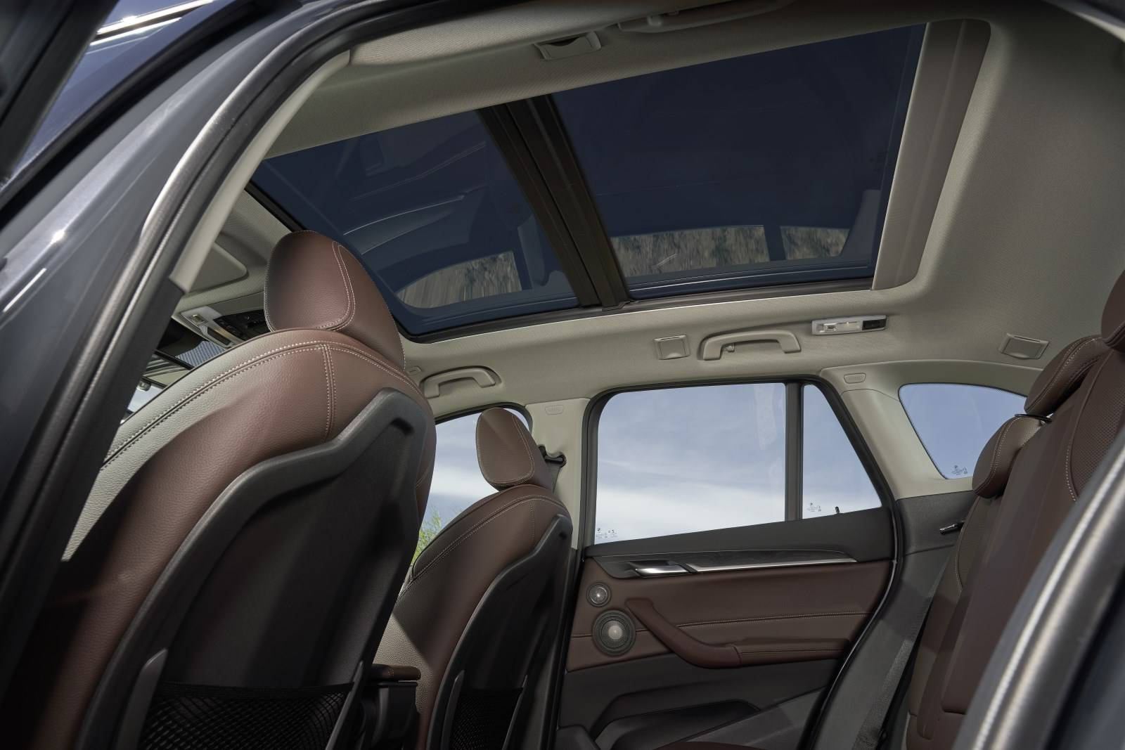 Новый BMW X1 F48 - cмелый и спортивный рестайлинг 7