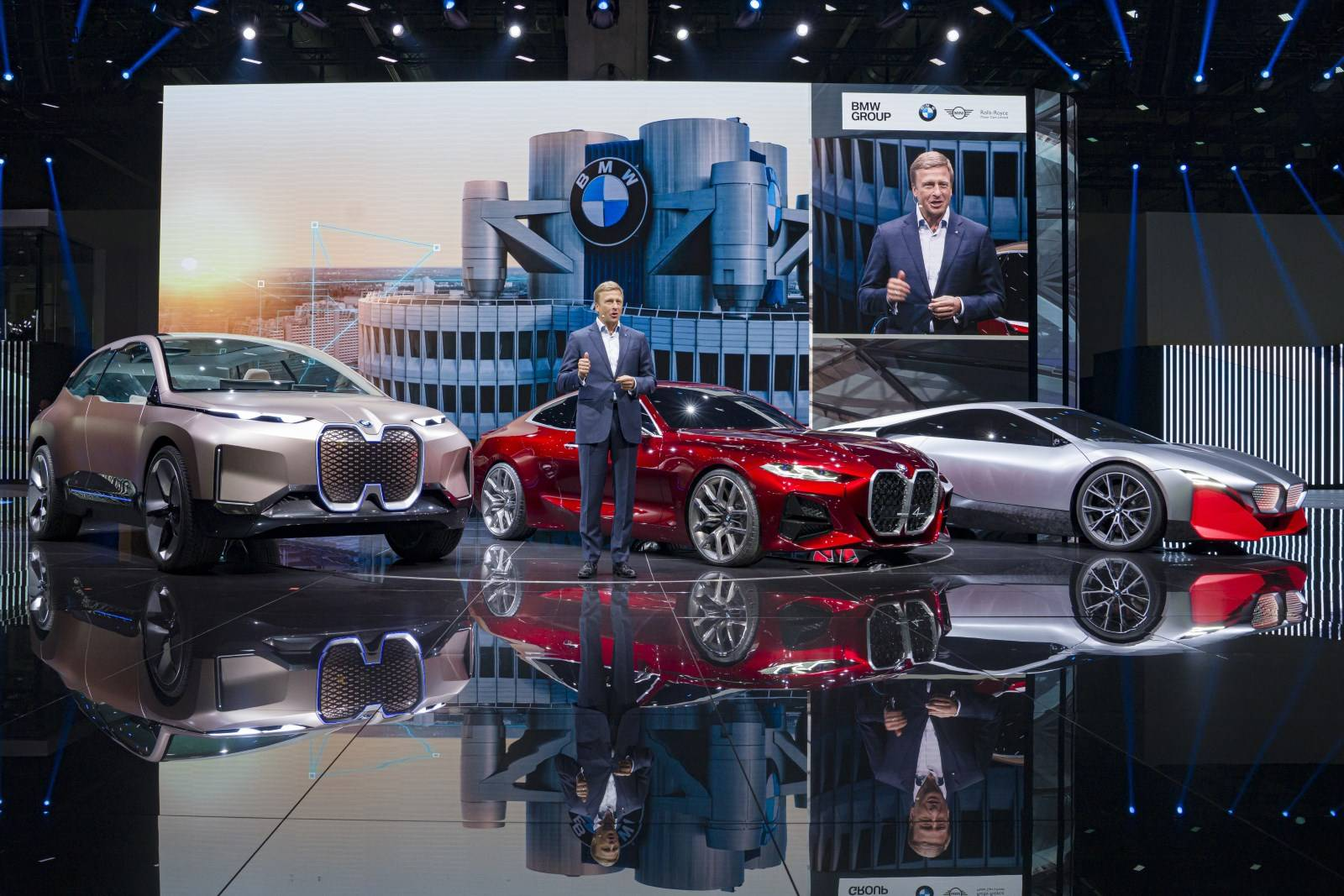 Оливер Зипсе (Oliver Zipse) - председатель правления и гендиректор BMW