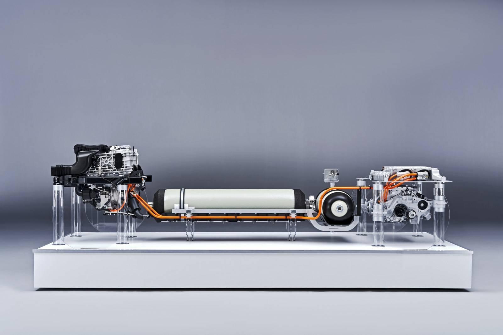 Водородный BMW i Hydrogen NEXT на базе BMW X5 1