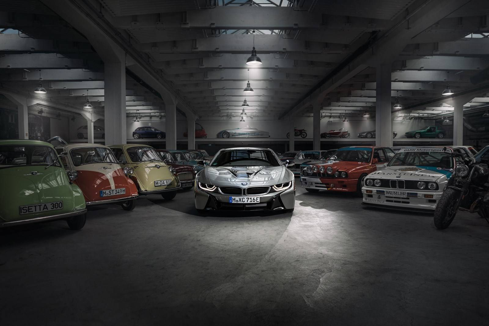 BMW i8 уходит в музей - BMW Group прекращает производство гибрида 1