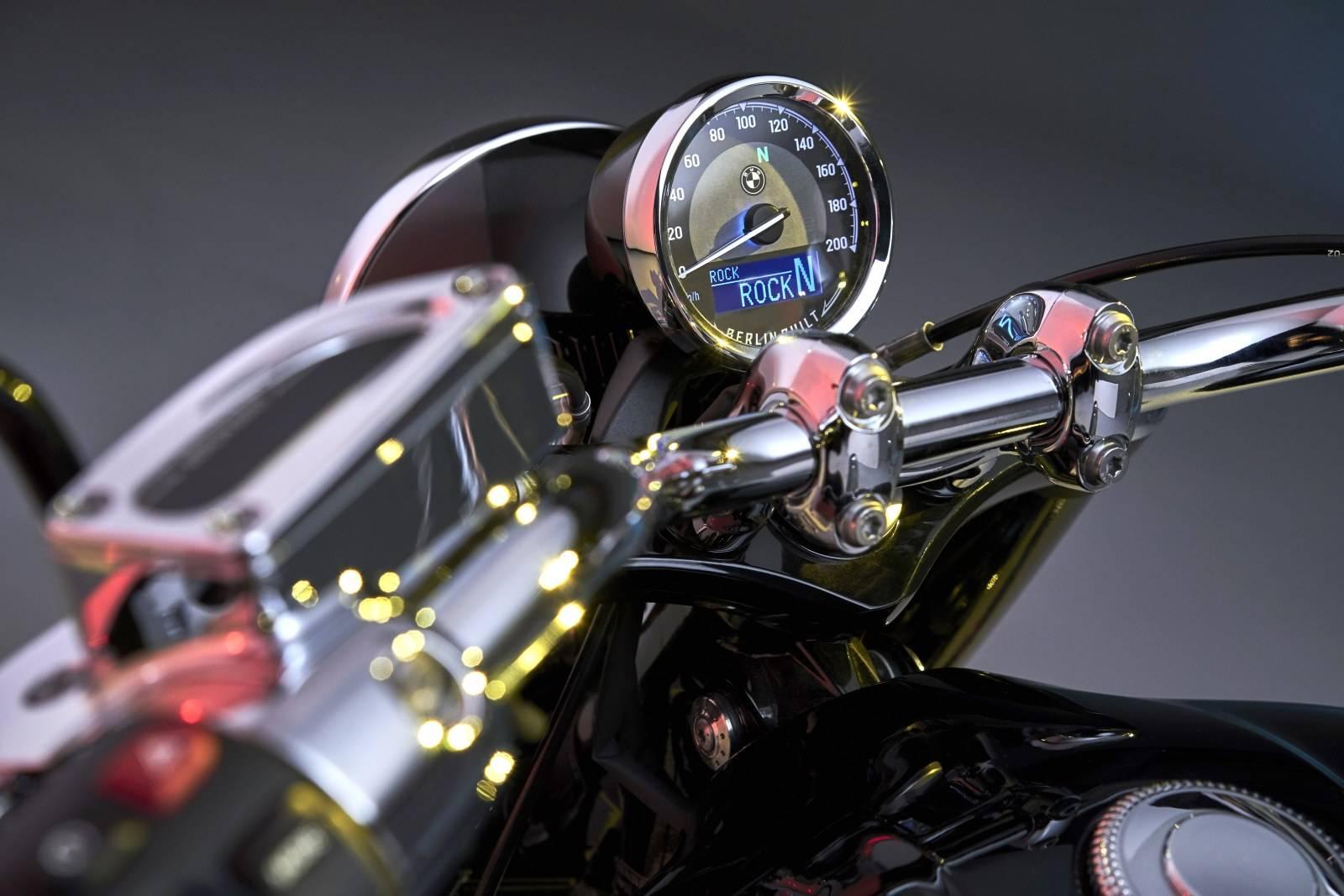 Мотоцикл BMW R 18: новый крузер с диким мотором 6