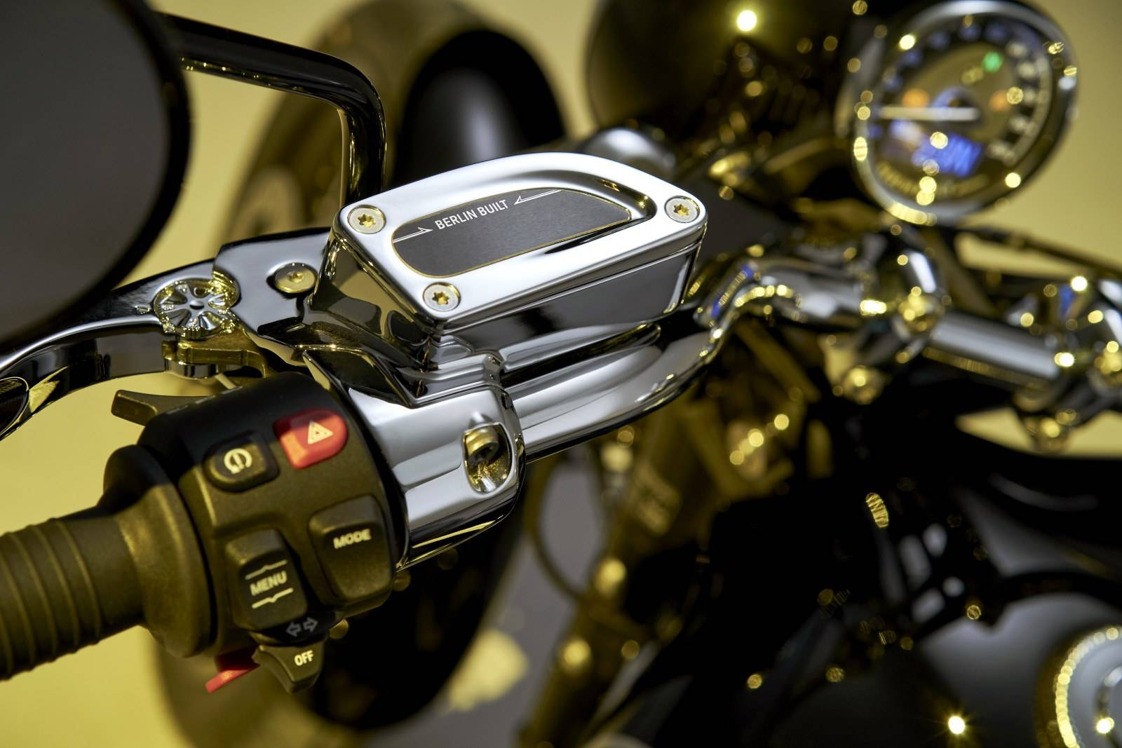 Мотоцикл BMW R 18: новый крузер с диким мотором 4