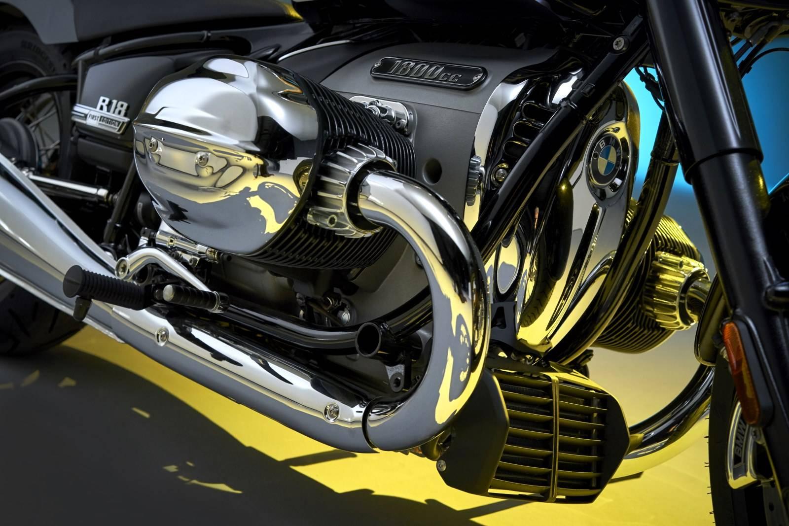 Мотоцикл BMW R 18: новый крузер с диким мотором 5
