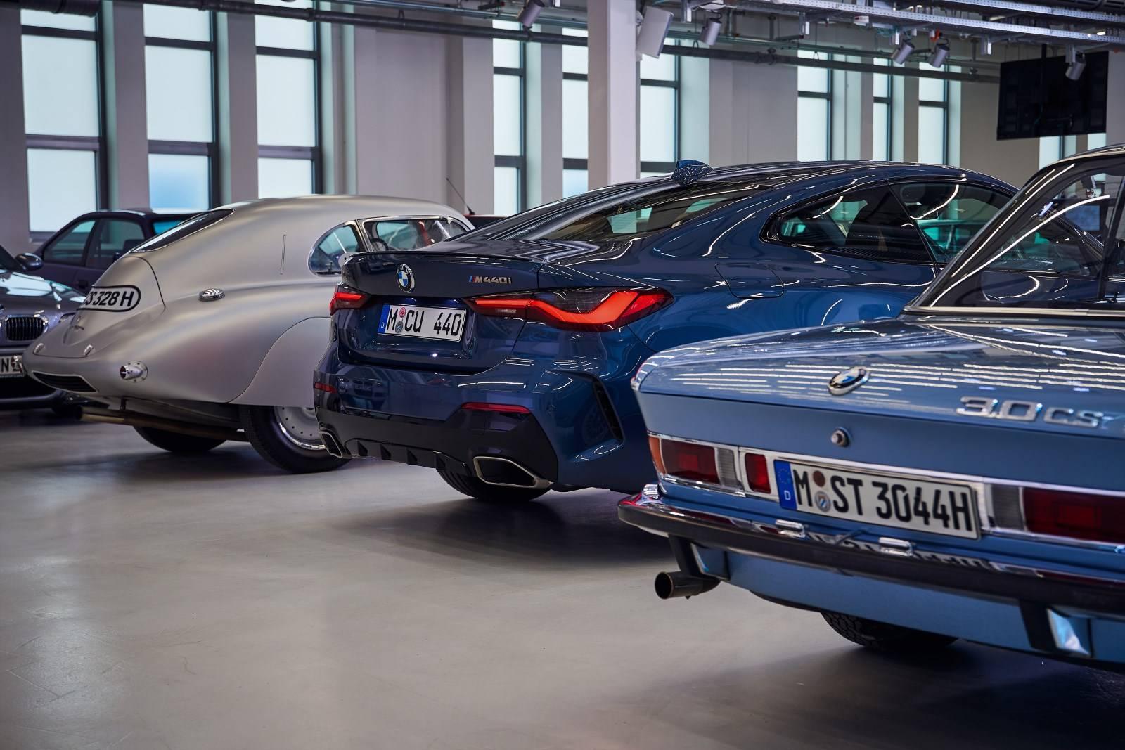 BMW 4 Series Coupe G22 - кардинально новый дизайн 3