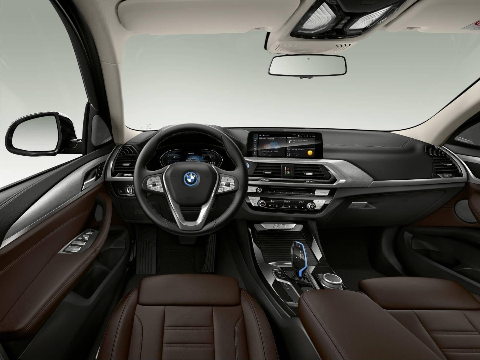 BMW iX3 G08 - первый электрокроссовер в семействе X3 3