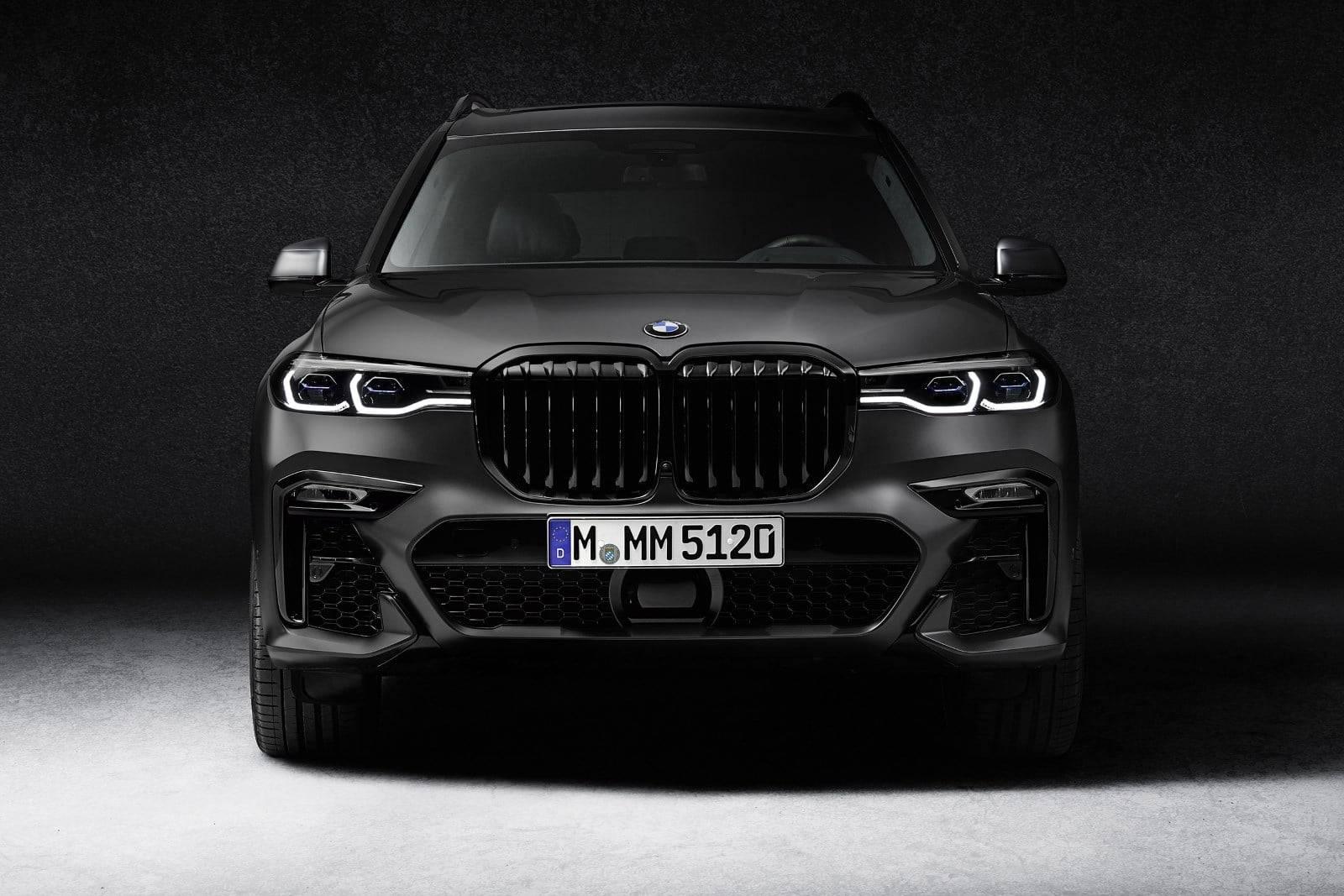 BMW X7 Dark Shadow Edition - впечатляющая харизма 2