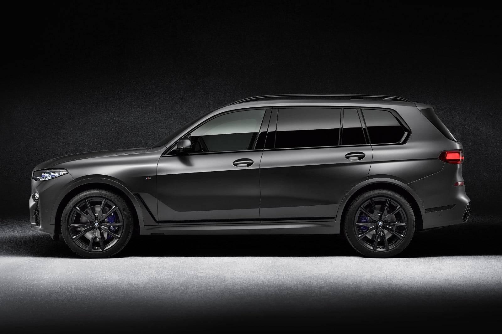 BMW X7 Dark Shadow Edition - впечатляющая харизма 4