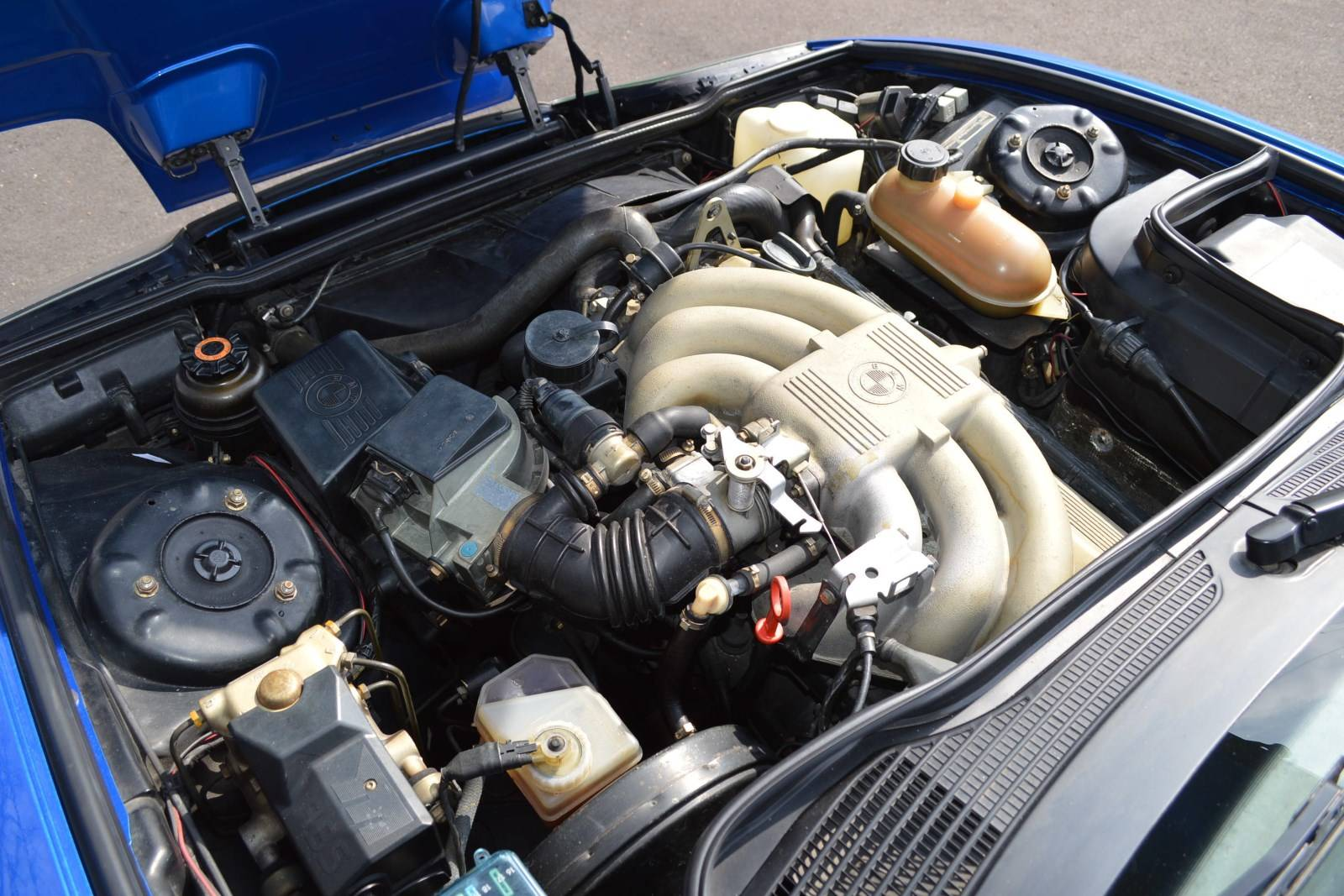 30-летие BMW ALPINA Roadster Limited Edition - BMW Z1 E30 6