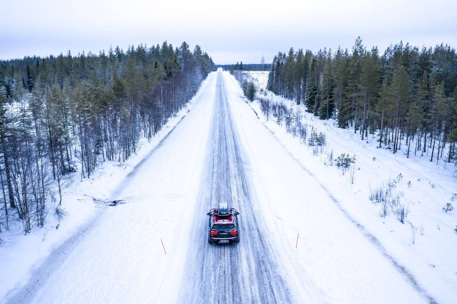 «Поездка на санях»: через Лапландию на MINI JCW Clubman 1