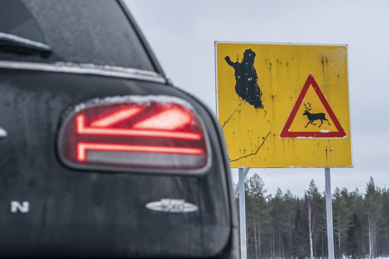 «Поездка на санях»: через Лапландию на MINI JCW Clubman 6