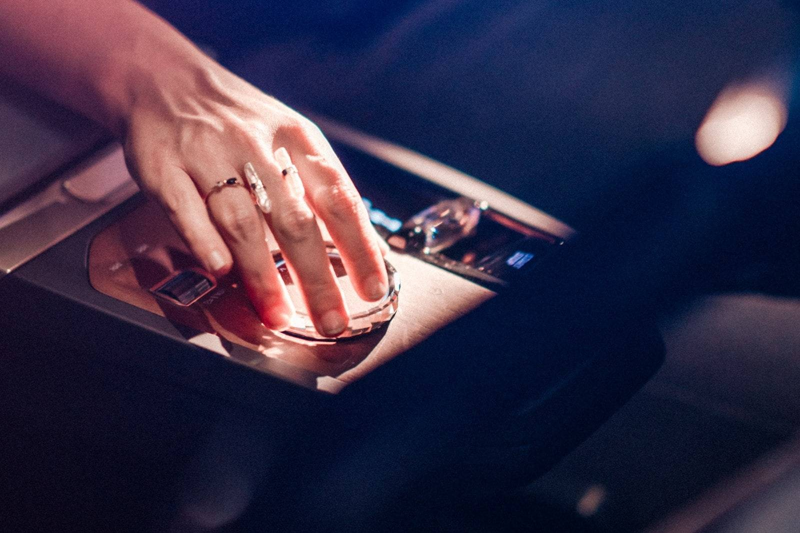 CES 2021: новый дисплей BMW и операционная система BMW iDrive 5