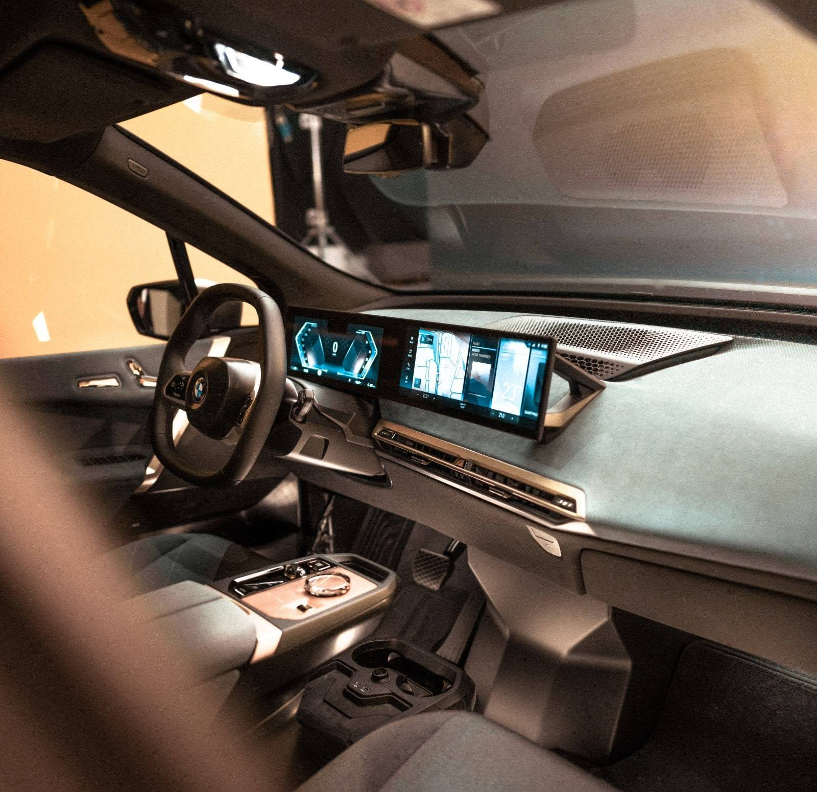 CES 2021: новый дисплей BMW и операционная система BMW iDrive 2