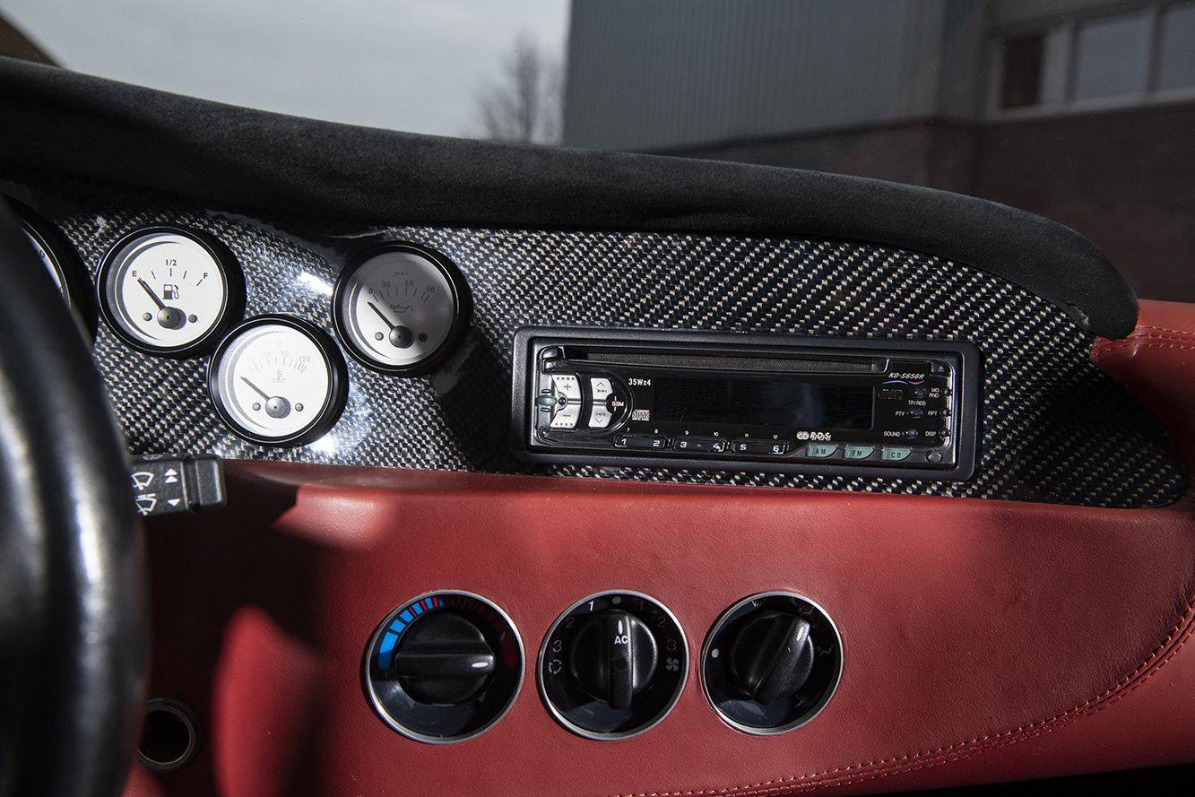 Спорткар Ascari Ecosse с двигателем BMW за 165 000 евро 11