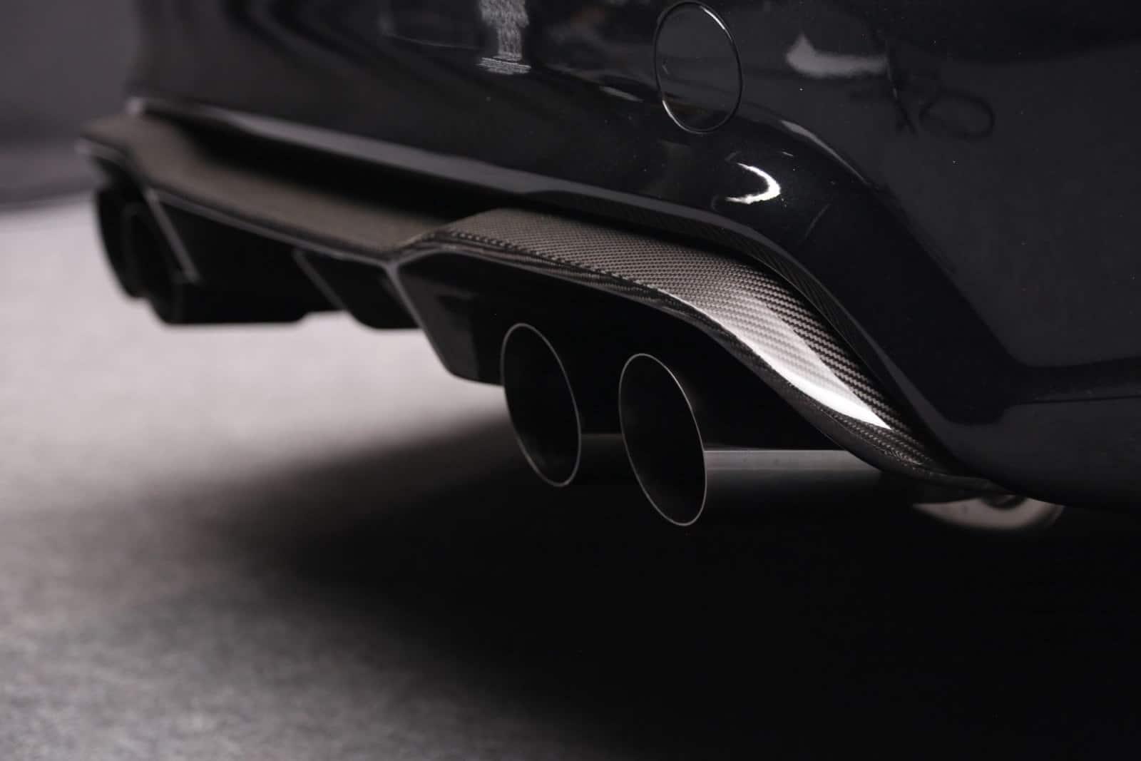 BMW M2 LIGHTWEIGHT Final Edition 4