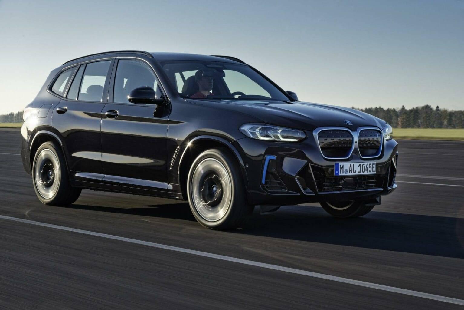 ВИДЕО: все, то вы хотели узнать о BMW iX3 1