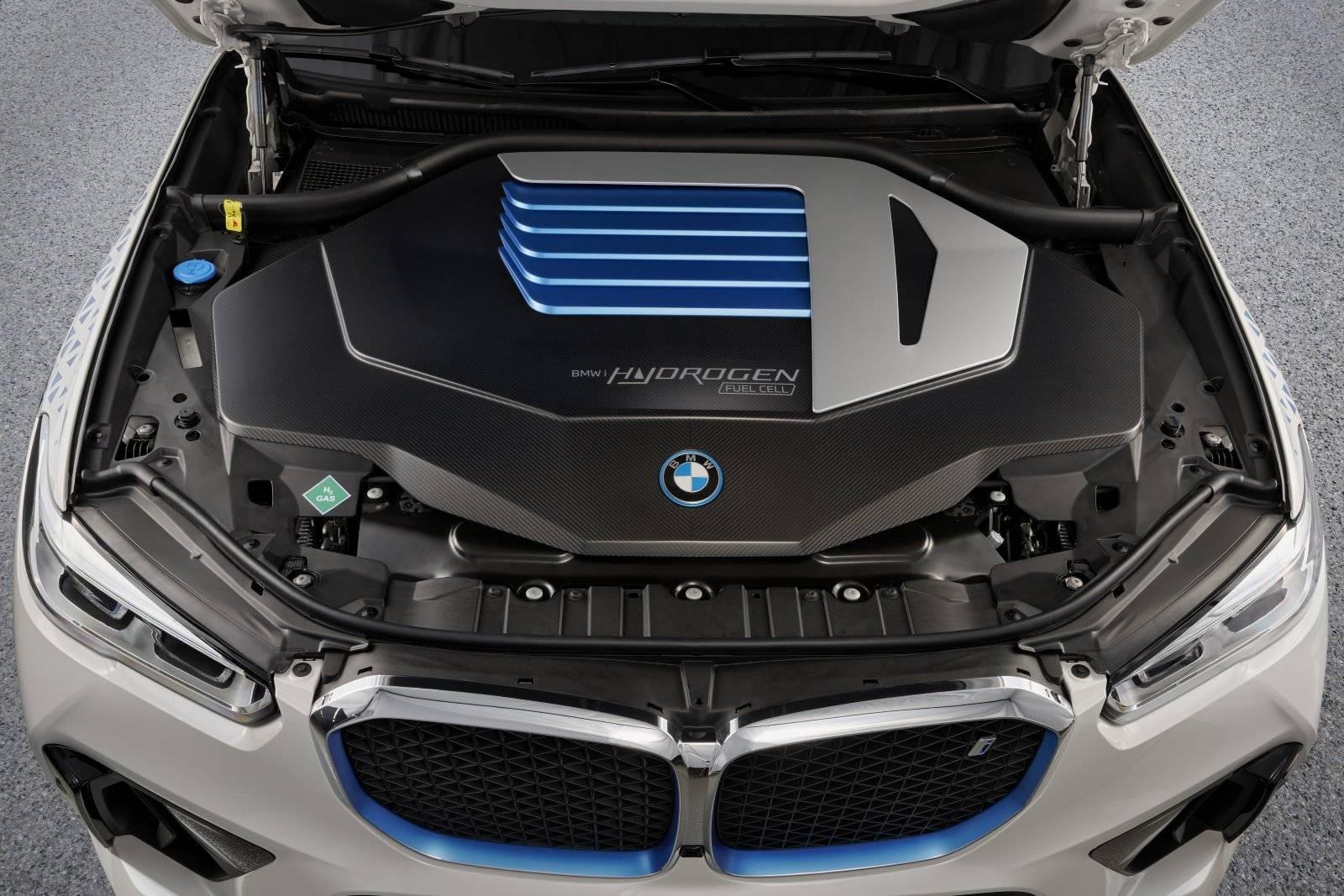 BMW iX5 Hydrogen испытают на выставке IAA Mobility 2021 3
