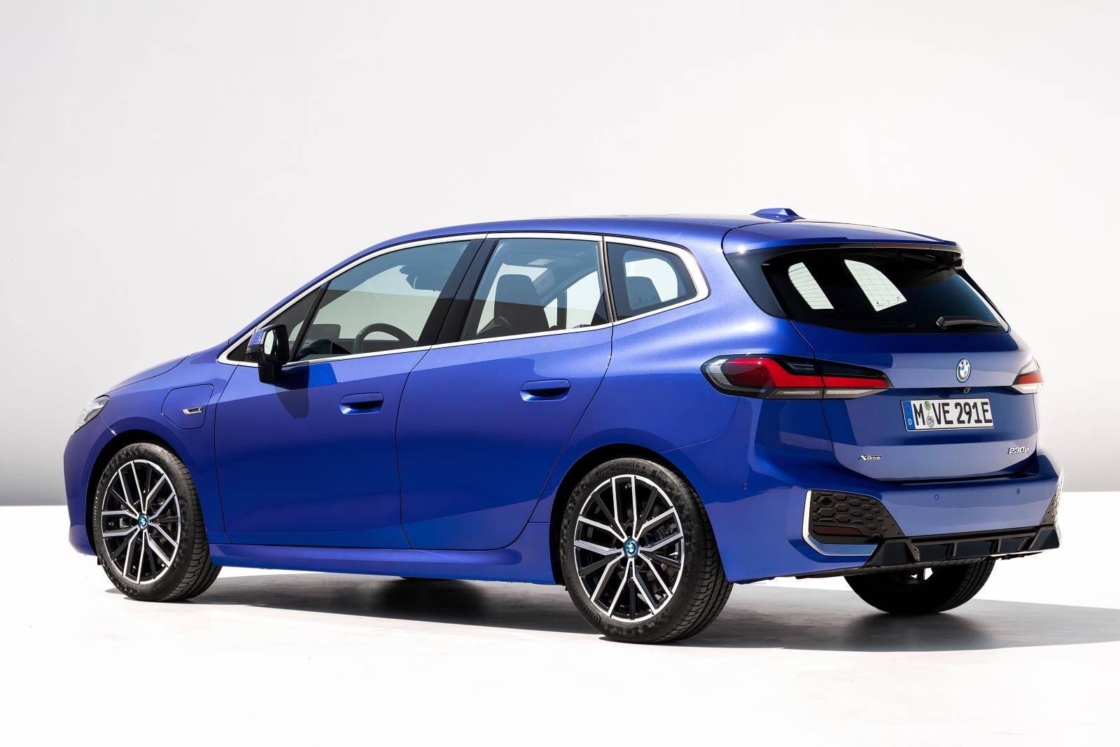 Новый BMW 2 серии Active Tourer U06 3
