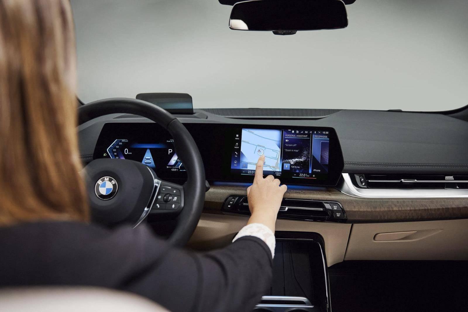 Новый BMW 2 серии Active Tourer U06 8