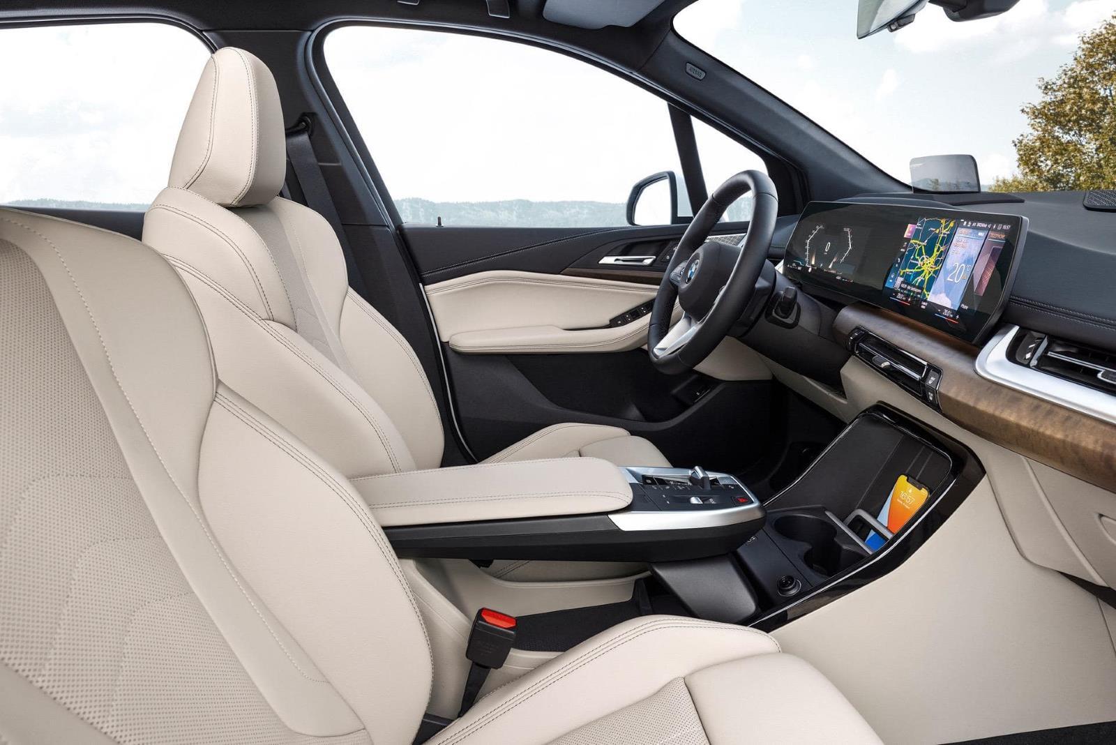 Новый BMW 2 серии Active Tourer U06 4